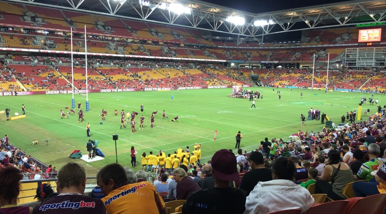 Rugby er stort i Australia, og veldig gøy! Her fra en av hjemmekampene til Brisbane Broncos