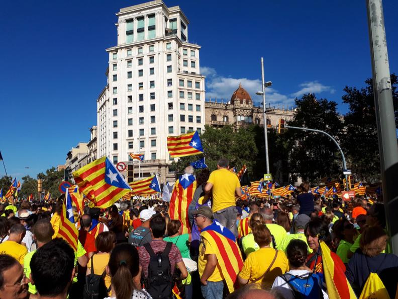 Nasjonaldagen til Catalonia, 11. September, som visstnok samlet 1 million mennesker.